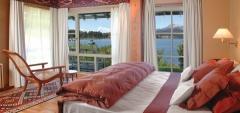 Las Balsas Gourmet Hotel & Spa - Bedroom view